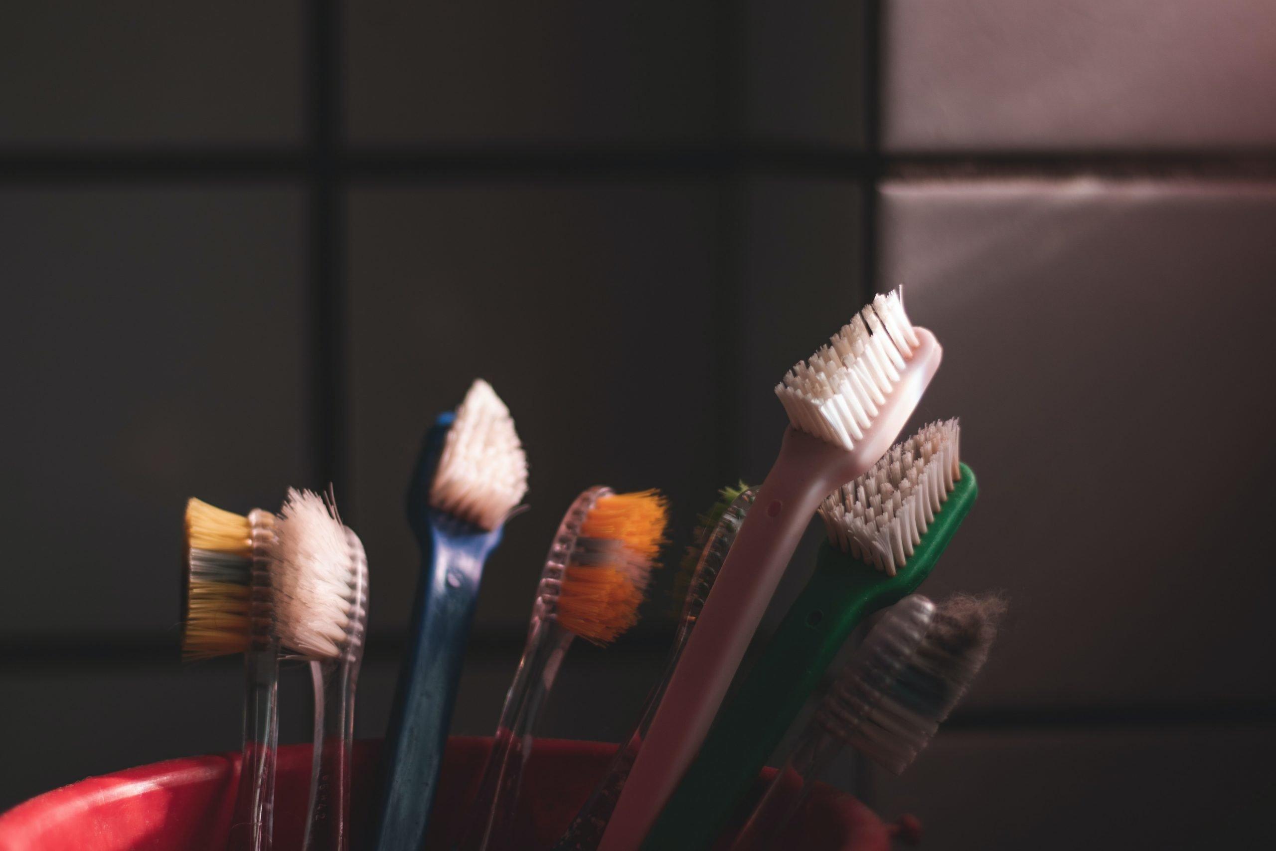 Brushing For White Teeth